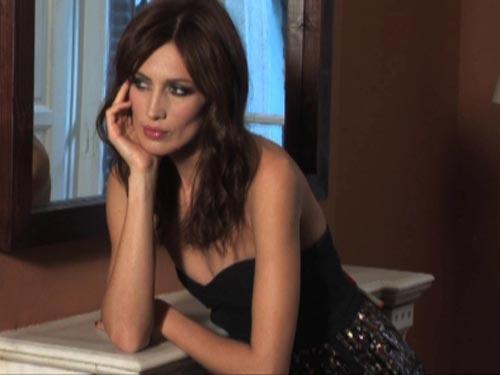 Así se hizo: Nieves Álvarez muestra para la revista ¡HOLA! las propuestas de peinado de Cheska para estas fiestas