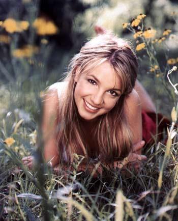 La cantante Britney Spears firma un contrato de publicidad con Pepsi Cola