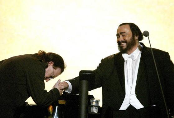 Pavarotti y sus 'amigos' recaudaron más de un millón de euros para los refugiados iraquíes