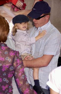 Madonna presentó su primer libro infantil con una fiesta `muy británica'