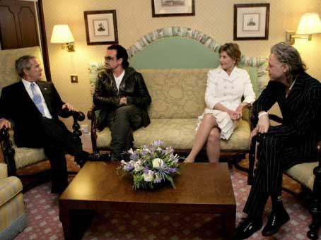 George Clooney, Claudia Schiffer, Susan Sarandon… en 'El último empujón' del Live 8