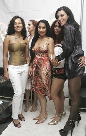 Valeria Rivera inaugura su tienda de ropa en Miami
