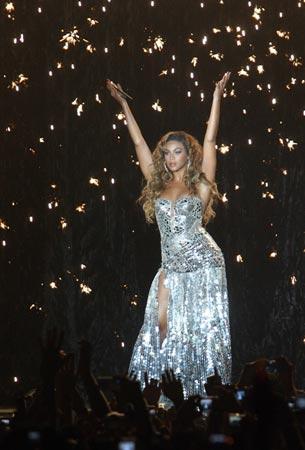 Beyoncé deslumbra con su sensualidad y voz al público madrileño