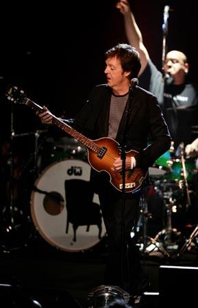 Estrellas del mundo del cine disfrutan del concierto sorpresa de Paul McCartney
