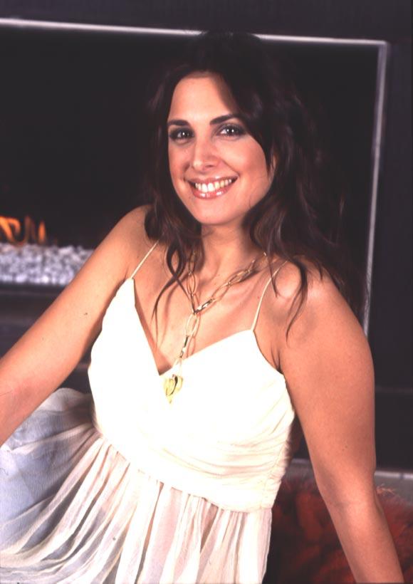 Nuria Fergó, ex concursante de OT: 'A lo mejor pronto doy la noticia de que me caso'