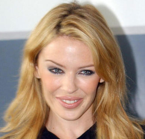 ¿Es Andrés Velencoso el nuevo amor de Kylie Minogue?