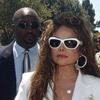 La familia de Michael Jackson exige una segunda autopsia mientras su médico personal presta declaración ante las autoridades