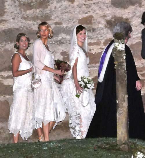 La boda de Mark Owen, componente de Take That, y Emma Ferguson al más puro estilo escocés