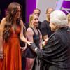 Las espectaculares actuaciones de Lady Gaga y Miley Cyrus ante la reina Isabel II