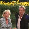 El verano de Sting y su mujer, Trudie Styler, bajo el sol de la Toscana