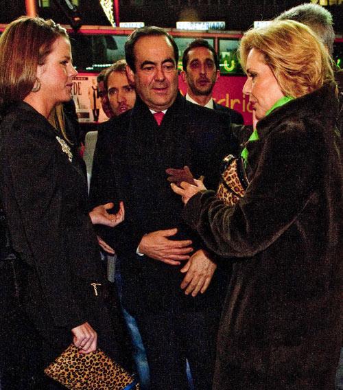 La familia de Raphael y la familia Bono arropan al cantante en el primer concierto de su gira en Madrid