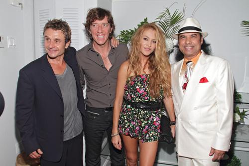 Paulina Rubio y Nicolás Vallejo Nágera, felices y enamorados, coinciden con Nacho Cano en una fiesta en Miami