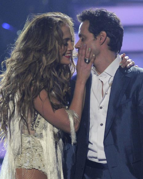 Jennifer Lopez y Marc Anthony calientan ´American Idol´ Jennifer-lopez1-a