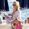 Geri Halliwell, un verano más en la Riviera Francesa con su hija pero sin Henry Beckwith