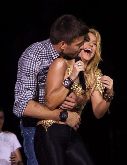 Shakira desmiente su ruptura con el futbolista Gerard Piqué