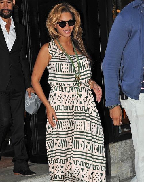 Beyoncé hace 'una piña' con su familia mientras disfruta de su embarazo