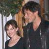 Noche 'a la española': Kylie Minogue y Andrés Velencoso pasean su amor por las calles de Londres