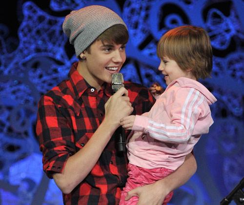 Justin Bieber y su hermana