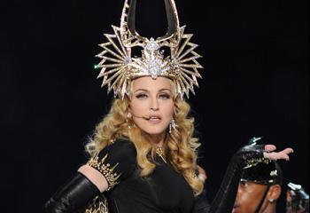 El inesperado incidente de M.I.A. no logra deslucir el increíble show de Madonna en la Super Bowl