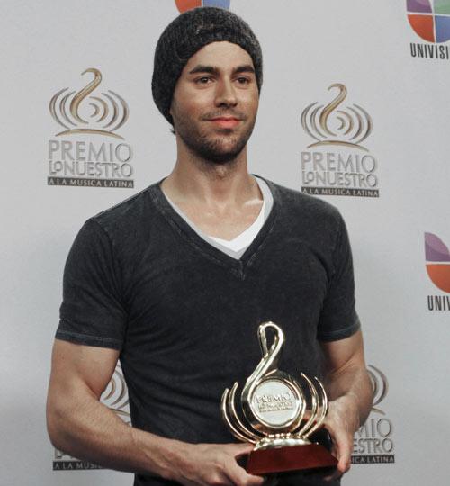 Enrique Iglesias, Paulina Rubio, Shaila Dúrcal... viven una noche llena de ritmo en los Premios Lo Nuestro
