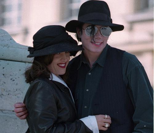 'Llevo cuatro días sin dormir' confesaba Michael Jackson en una carta a su exmujer Lisa Marie Presley