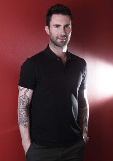 Adam levine and victoria secret model - 4 8