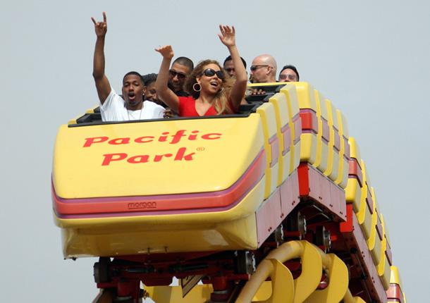 Mariah Carey pone al mal tiempo buena cara y deja ver su lado más infantil junto a su familia