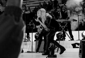 Una feliz y embarazada Shakira: 'Es la primera vez de nuestro bebé en el escenario'