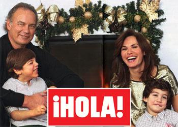 En ¡HOLA!: Bertín, Fabiola y sus hijos nos reciben en su nueva casa por Navidad