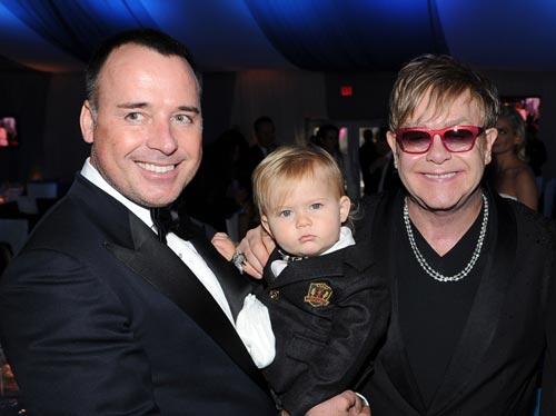 Exclusiva en Hello!: Elton John y David Furnish dan la bienvenida a su segundo hijo