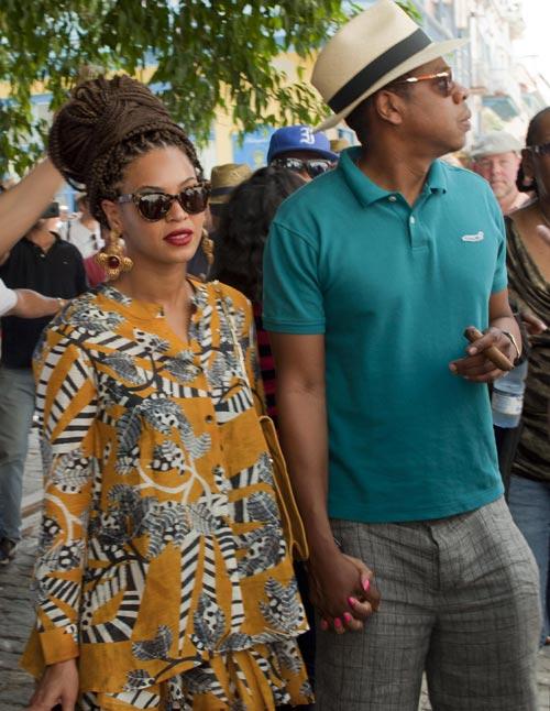 Celebra su quinto aniversario de boda: Beyoncé causa sensación en Cuba con un original peinado