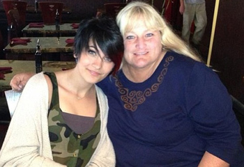 Recuperando el tiempo perdido: Paris Jackson celebró su 15º cumpleaños con su madre, Debbie Rowe
