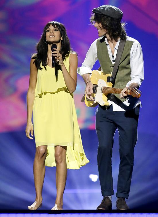 Raquel del Rosario desafía a la suerte y vestirá de amarillo en Eurovisión