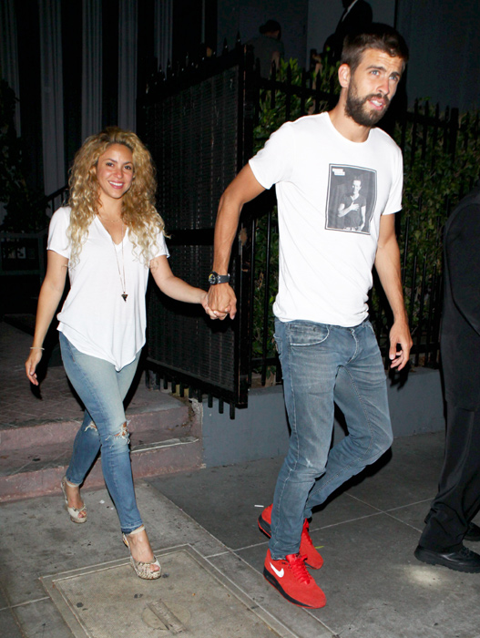 Shakira regala a piqu su baile m s sexy en una fiesta en for Veltroni casa new york