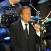 Julio Iglesias ofrece su concierto más especial en Marbella arropado por Miranda y sus hijos
