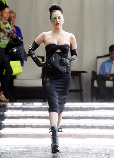 El camaleónico retorno de Lady Gaga