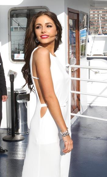 Nick Jonas conquista a la mujer más guapa del Universo, Olivia Culpo