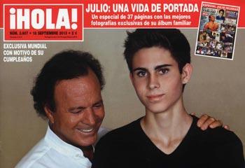 En ¡HOLA!, Julio Iglesias entrevistado por su hijo Miguel, una sincera y divertida lección de vida de padre a hijo