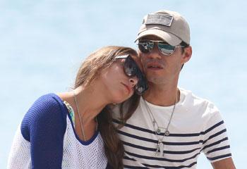 Marc Anthony y Chloe Green despiden el año muy enamorados