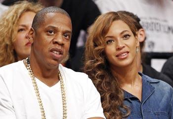 Beyonce y Jay Z reaparecen sonrientes, tras la acalorada discusión de Jay con su cuñada Solange
