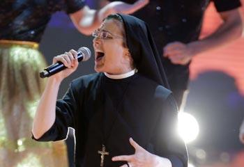 Sor Cristina, la monja rockera que arrasa en el concurso 'La Voz'