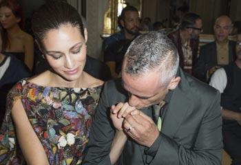 Eros Ramazzotti y Marica Pellegrinelli, besos y más besos de los recién casados