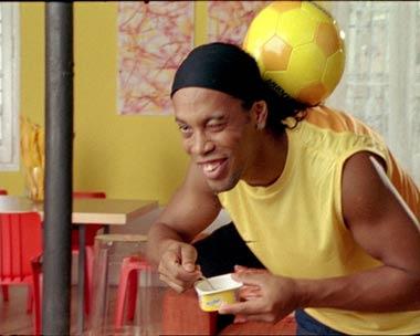 Ronaldinho, imagen de unas conocidas natillas
