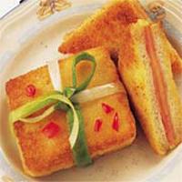 Sándwiches fritos