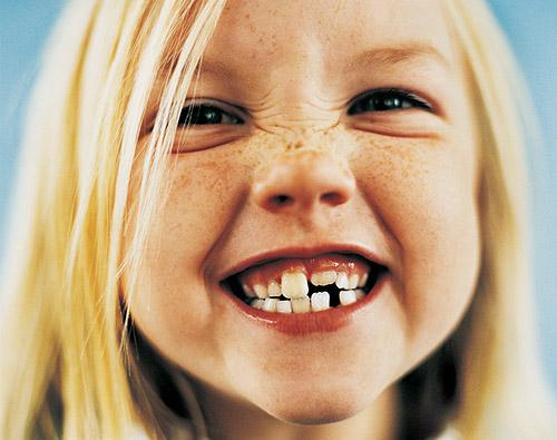Ambulance For Sale >> Enséñale a mantener sus dientes de leche sanos y fuertes