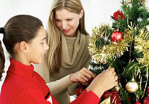 Mantén vivas las tradiciones navideñas junto a los 'peques' de la casa