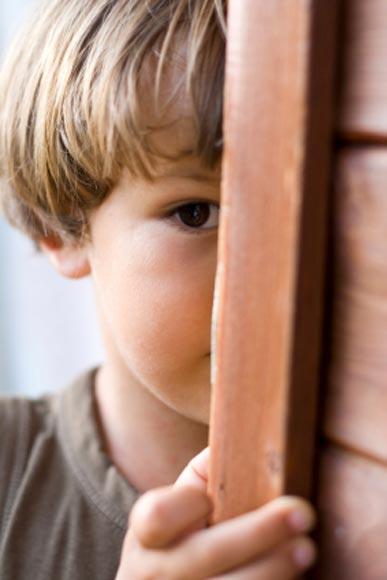 La timidez infantil, ¿es un problema?