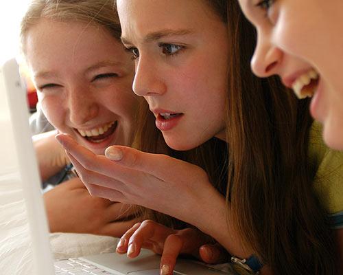 Facebook y grados de adolescentes