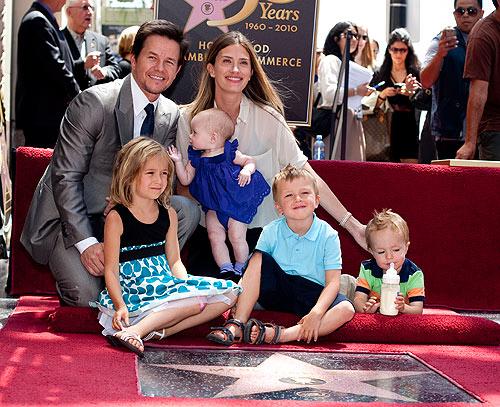 39 mini celebrities 39 cu les son las familias m s numerosas for How many kids does brad paisley have