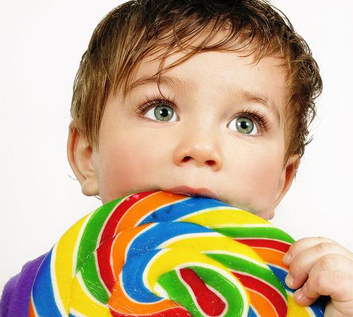 Por qué aparecen las caries en los niños?